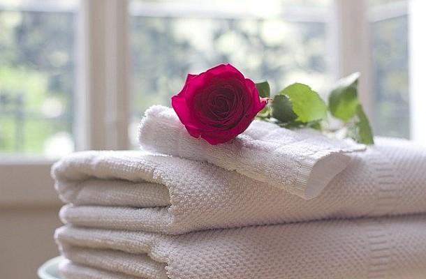 Έτσι θα κάνετε τις πολυκαιρισμένες πετσέτες σας και πάλι ολόλευκες