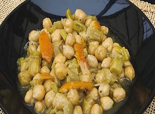 Πώς να φτιάξετε ένα υπέροχο σάντουιτς με σαλάτα ρεβιθιών