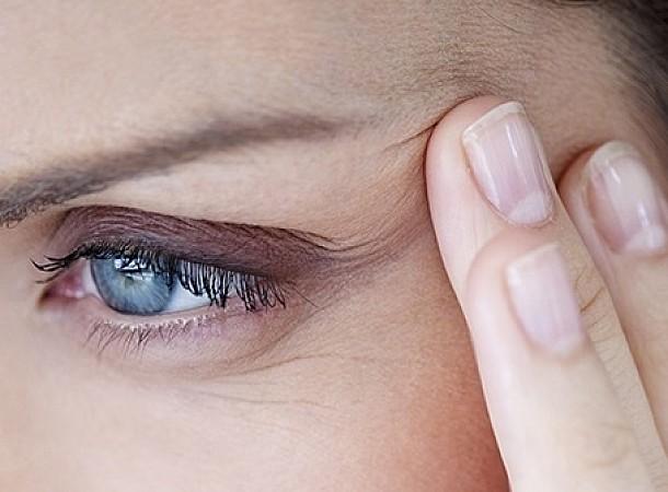 Τρεις καθημερινές συνήθειες που δεν πιστεύατε ποτέ ότι προκαλούν πρόωρη γήρανση