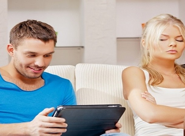 Άνδρες - Γυναίκες: Ποιοι είναι περισσότερο ζηλιάρηδες και πως αντιδρούν στην απιστία;