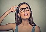 Η απλή κίνηση που «μαρτυρά» αν κινδυνεύετε από άνοια