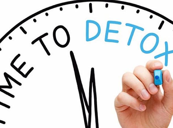 Τι προσφέρει και πώς γίνεται η αποτοξίνωση με μηλόξυδο