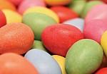Πώς θα βάψετε τα πασχαλινά αυγά με φυσικό τρόπο