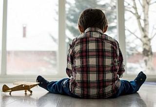 Αυτισμός: Ποιες συμπεριφορές του παιδιού πρέπει να σας ανησυχήσουν