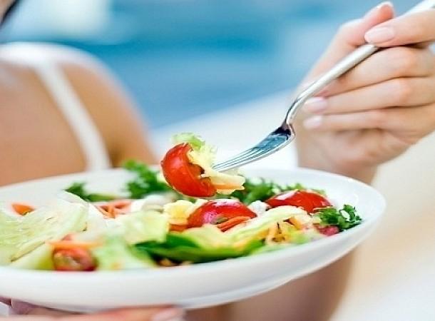 Μια δίαιτα βασισμένη στην ελληνική κουζίνα για να χάσεις βάρος εύκολα και υγιεινά