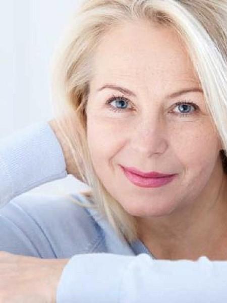 Eμμηνόπαυση και οστεοπόρωση: Ποιες γυναίκες διατρέχουν μεγαλύτερο κίνδυνο