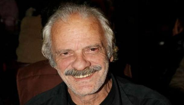 Σπύρος Φωκάς: Αυτό είναι το κοντέινερ που ζει ο αγαπημένος ηθοποιός