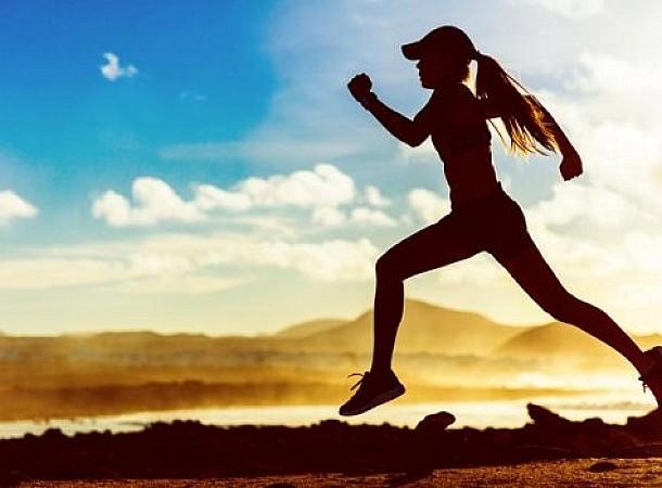 Άσκηση: Τι σημαίνει αυτή η σουβλιά στην πλευρά του σώματος όταν κάνετε γυμναστική