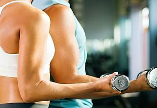 Οι ασκήσεις που βοηθούν να χάσουμε λίπος από την κοιλιά