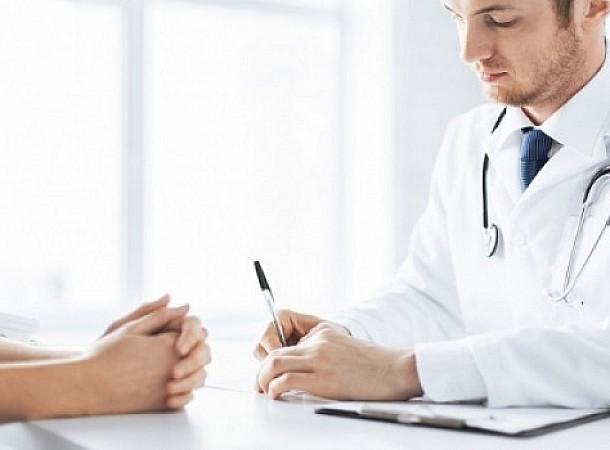 Σε ποια ηλικία θα πρέπει να ξεκινάει η επίσκεψη στον γυναικολόγο;