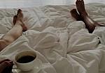 Γιατί δεν πρέπει να πίνετε καφέ μόλις ξυπνάτε