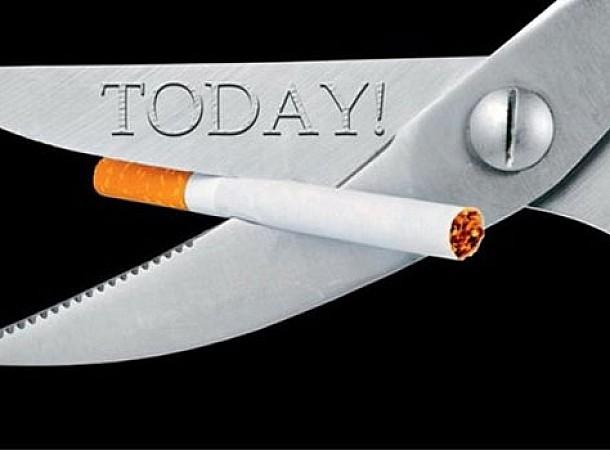 Κάπνισμα: 6 τρόφιμα για να αποβάλλετε τη νικοτίνη από το σώμα
