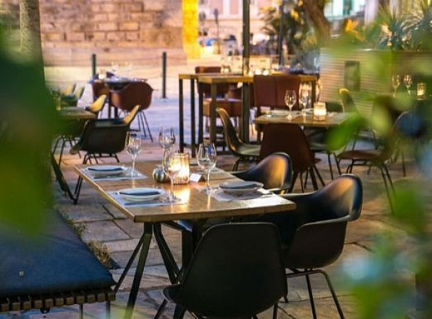Στης Αθήνας τα wine bars: Για κρασί με φίλους μετά το γραφείο