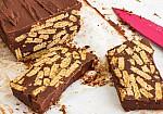 Σοκολατένιος Κορμός Νηστίσιμος: Εύκολο γλυκό με 4 υλικά