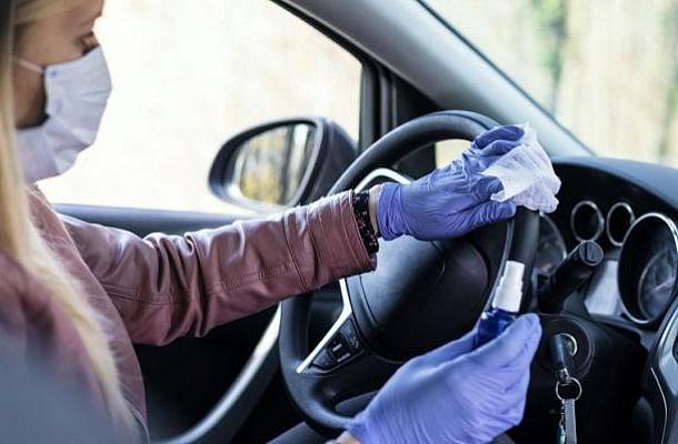 Κορονοϊός: Πώς να καθαρίσετε το αυτοκίνητο - Ποιες επιφάνειες δεν πρέπει να καθαρίζετε