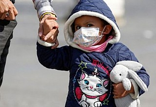 Κορονοϊός: Πώς φροντίζουμε βρέφη, παιδιά και εφήβους