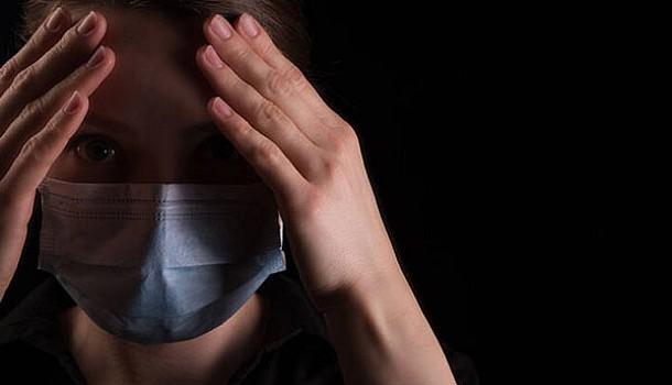 Γίνεται να έχεις κορονοϊό χωρίς να κάνεις πυρετό;