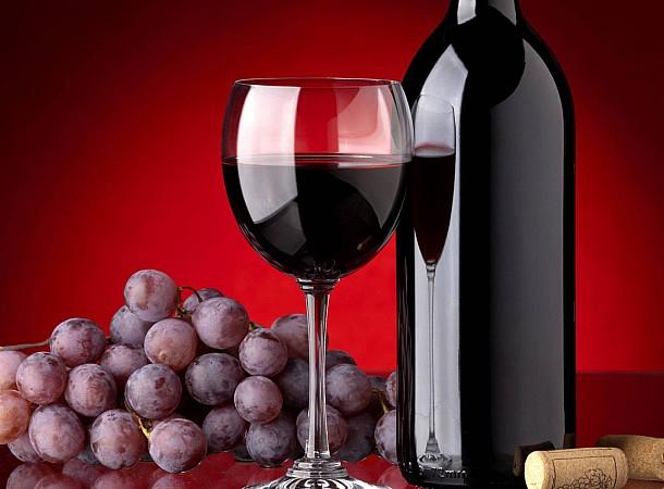 Πέντε τρόποι να ανοίξετε ένα μπουκάλι κρασί χωρίς ανοιχτήρι