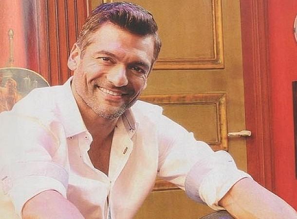 Στέλιος Κρητικός: Μέχρι το Survivor ήμουν ένας ηθοποιός του Σεφερλή
