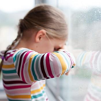 Lockdown: Σοβαρές οι επιπτώσεις σε παιδιά - Συμβουλές για την επιστροφή στο σχολείο