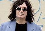 Πέθανε από κορονοϊό ο τραγουδιστής Άλαν Μέριλ