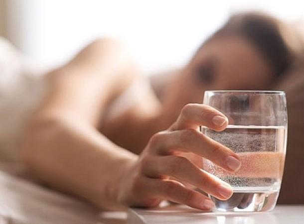 Γιατί το νερό έχει άλλη γεύση αν μείνει για ώρες στο ποτήρι