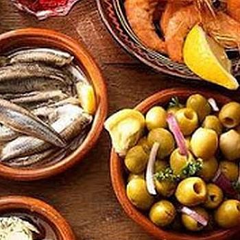 Τι τρώμε τη μεγάλη Παρασκευή; Τέσσερις επιλογές νηστίσιμες και υγιεινές