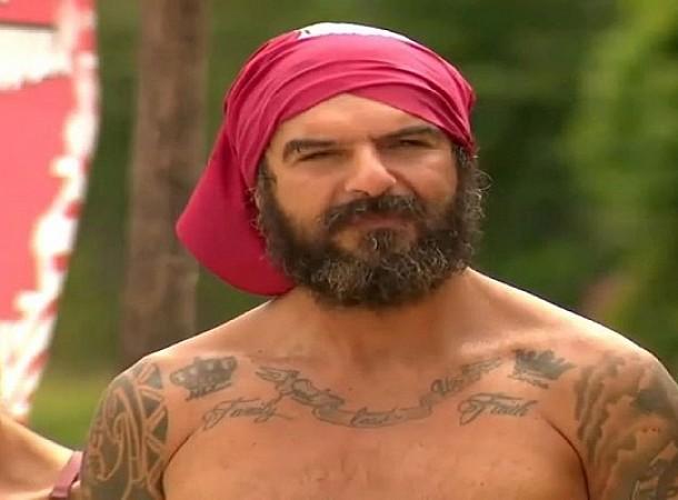 Survivor: Ο Τριαντάφυλλος μίλησε για όλους και όλα! Ο Σάκης είναι καψούρης και η Μαριαλένα ζηλιάρα!