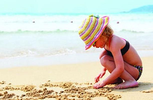 Παιχνίδια στην άμμο… Απολαύστε τα με ασφάλεια!