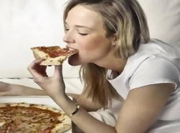 Νικήστε την πείνα σας χωρίς να φάτε περισσότερο