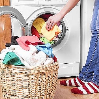 Πλυντήριο: Έξι λάθη που κάνεις στο πλύσιμο των ρούχων