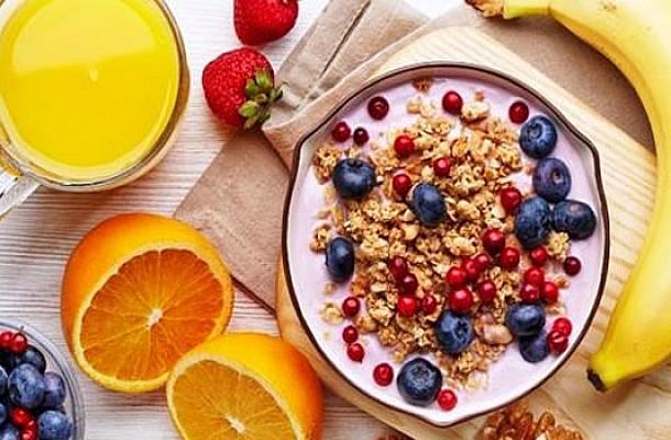 Πρωινό γεύμα: Ποιες τροφές «αγαπά» η καρδιά σου