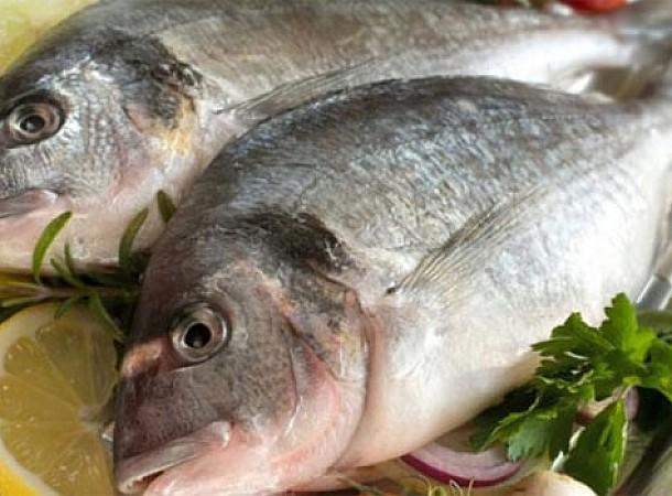 Κυριακή των Βαΐων και μαγειρεύεις ψάρια; 4 κόλπα για να μην μυρίζει το σπίτι σου ψαρίλα