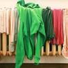 Προσοχή! Γιατί δεν πρέπει να στεγνώνετε τα ρούχα μέσα στο σπίτι