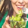 Γιατί πρέπει πάντα να τρώμε τη σαλάτα πριν το φαγητό;