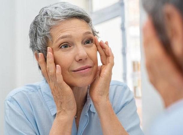 Εμμηνόπαυση: Οι πρώτες αλλαγές στο δέρμα σου