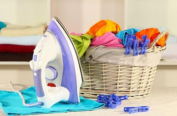Ξεχάσατε το σίδερο στο ρούχο και κιτρίνισε – Τι μπορείτε να κάνετε