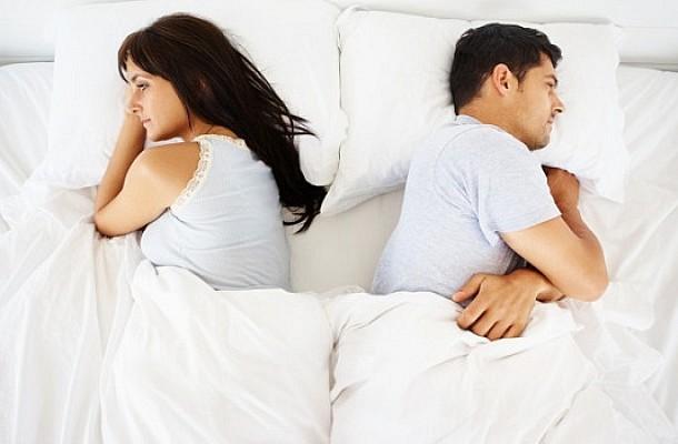 Γιατί να μην πέφτετε για ύπνο θυμωμένοι – Δείτε τι συμβαίνει στον εγκέφαλο