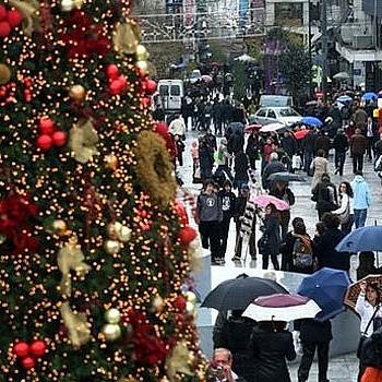 Click away: Ο νέος τρόπος για τα ψώνια τα Χριστούγεννα